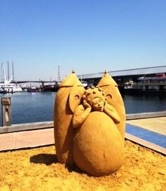 "Oriental Flair Sand Sculpture - Ovo ""Cirque du soleil"" like?"