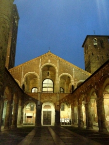 Sant'Ambrogio Church, Milan (Photo credit: lavaleandherworld.wordpress.com)