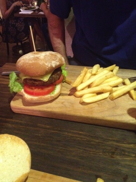 Good Hamburger at Byron Fresh Cafe, Byron Bay (Photo Credit: lavaleandherworld.wordpress.com)