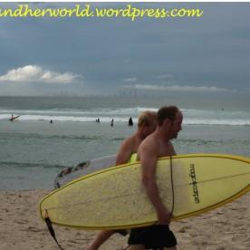 Surfers @ Tweed Heads (Photo Credit: lavaleandherworld.wordpress.com)