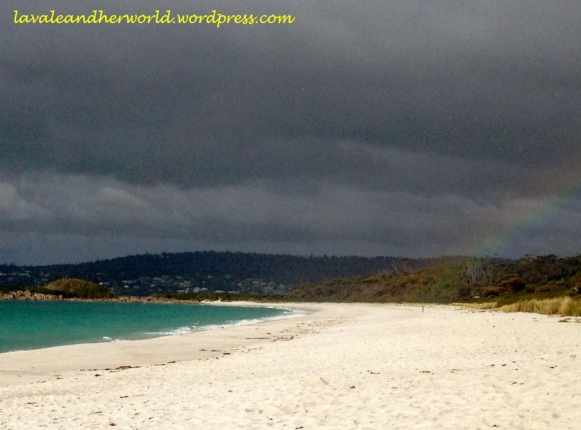 Colours of the Bay of Fires, Tasmania (Photo Credit lavaleandherworld.wordpress.com)