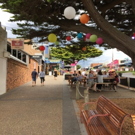 Cowes main street, Phillip Island (Photo credit: lavaleandherworld.wordpress.com)