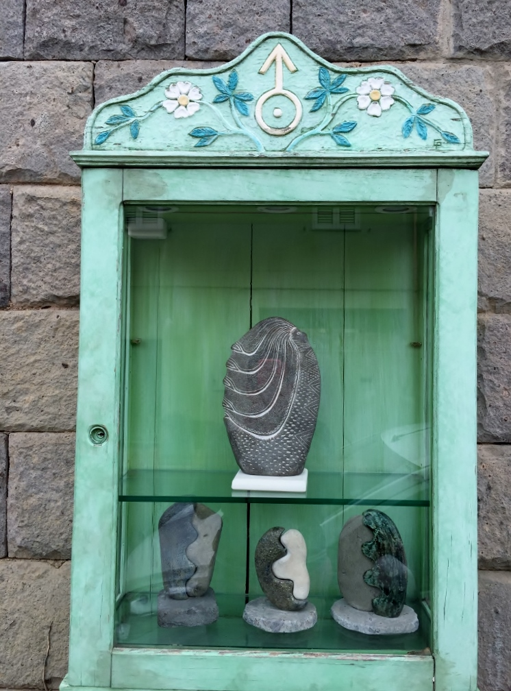 """Edicola"" outside an artist shop, San Sperate (Photo credit: http://www.lavaleandherworld.wordpress.com)"