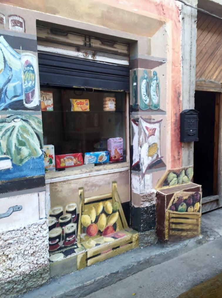 Traditional shop, San Sperate (Photo credit: http://www.lavaleandherworld.wordpress.com)