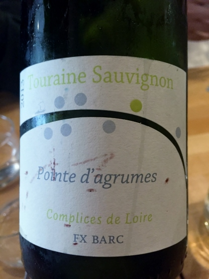 Sauvignon at L'Affineur affine' fromagerie, Paris (Photo credit: http://www.lavaleandherworld.wordpress.com)