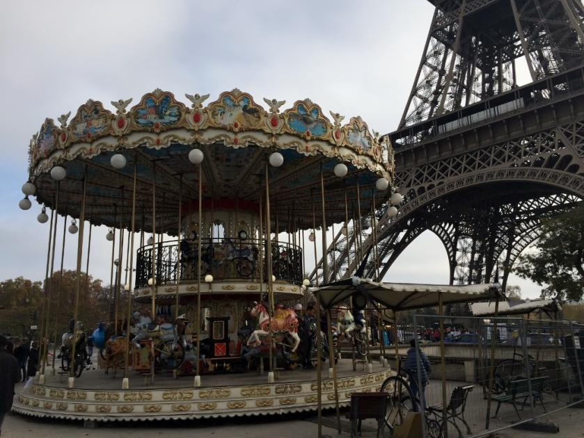 Paris - Eiffel Tower and carousel (Photo credit: http://www.lavaleandherworld.wordpress.com)
