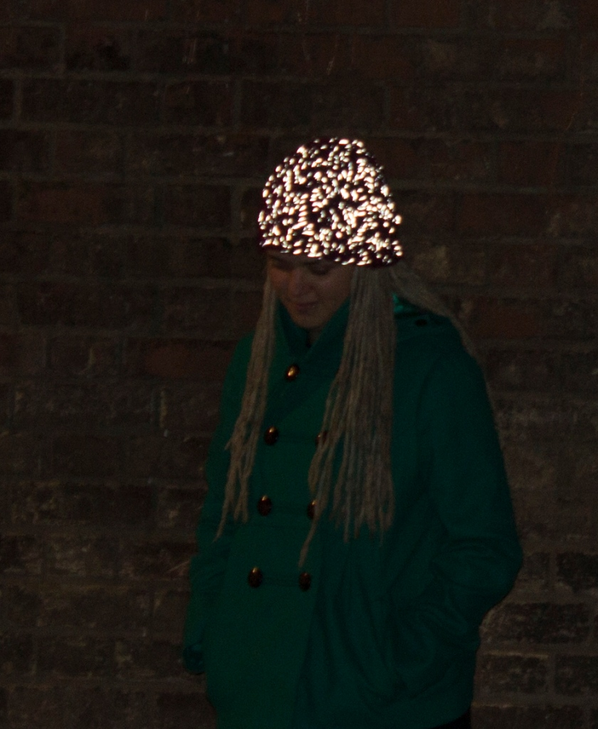 On The Glo Beanies glowing in the dark (http://ontheglo.net/tag/project/)