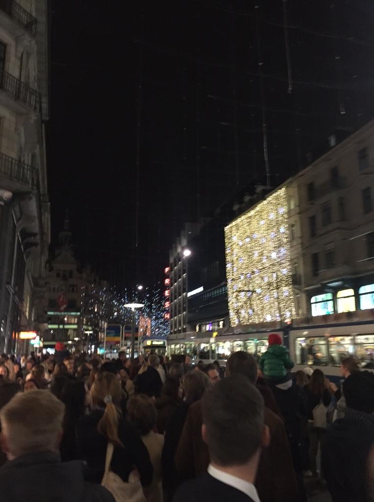 Bahnhofstrasse Zurich (Photo credit: http://www.lavaleandherworld.wordpress.com)