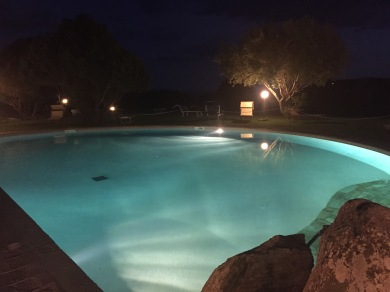 Swimmingpool at night, Sardegna (Photo credit: https://lavaleandherworld.wordpress.com)