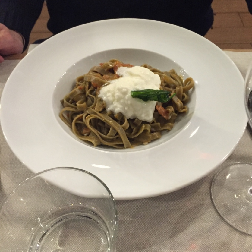 Spaghetti with pomodorini, stracciatella, ... (Photo credit: https://lavaleandherworld.wordpress.com)