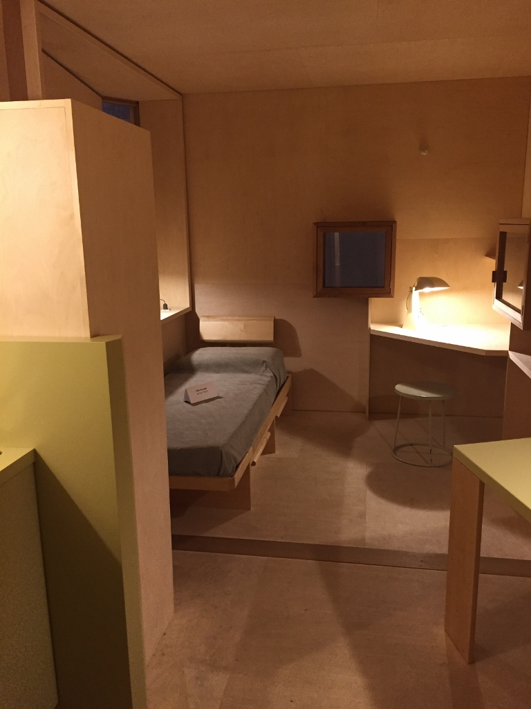 Simply room design at Milan Triennale (Photo credit: https://lavaleandherworld.wordpress.com)
